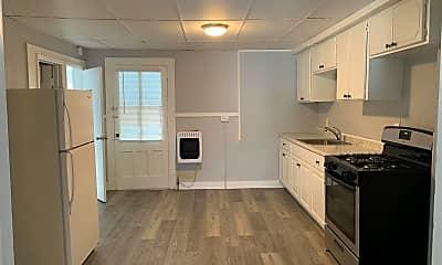 Kitchen, 4 Ashland Pl 3, 0