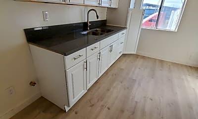 Kitchen, 927 E 108th St, 0