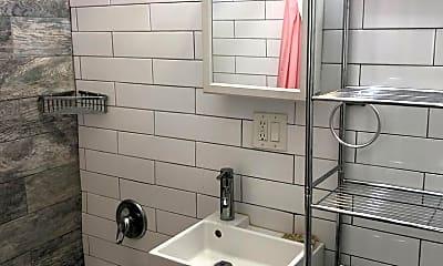 Bathroom, 272 W 115th St, 1