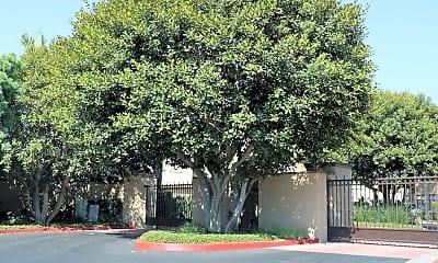 Building, 255 E Santa Fe Ct, 2