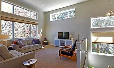 Living Room, 1322 Livingston Ave, 1