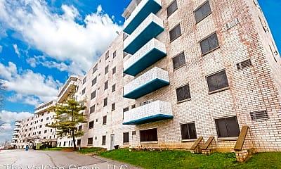 Building, 5 Dorchester Drive, 1