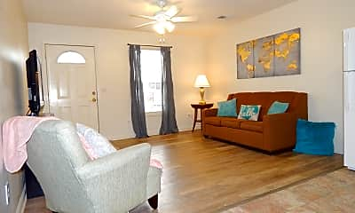 Living Room, College Pointe - per bed lease, 1
