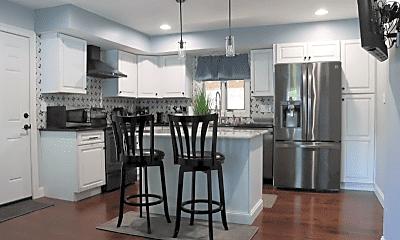 Kitchen, 1102 Stafore Dr, 0