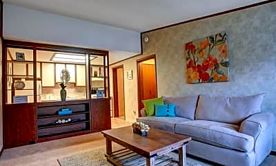 Limewood Apartments, 1