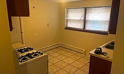 Kitchen, 7134 Riverside Dr GS, 1