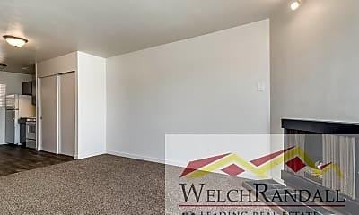 Living Room, 5630 Meadow Lane #172, 2