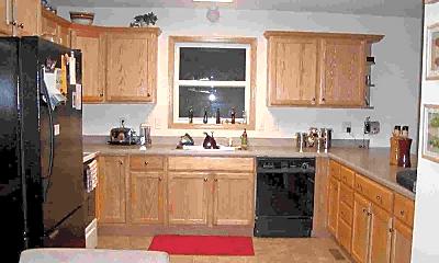 Kitchen, 2018 Stratford Ct, 1