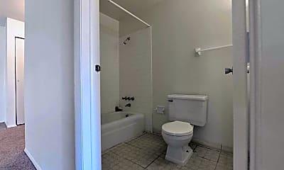Bathroom, Hidden Creek Apartments, 2