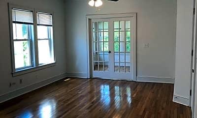 Living Room, 2315 Irving Ave S, 1