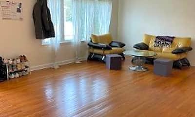 Living Room, 8 Marshall Ct, 1