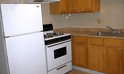 Kitchen, 16445 Kent Ave, 1