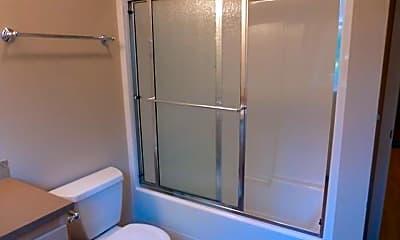 Bathroom, 362 E 12th Ave, 2