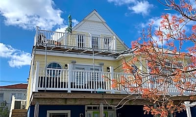 Building, 302 E Penn St UPPER, 0