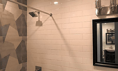 Bathroom, 21 Somers St, 2