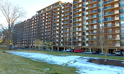 Building, 1300 Army Navy Dr 816, 1