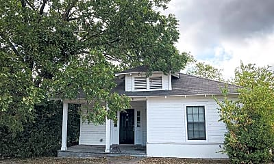 Building, 2208 Cumberland Ave, 0