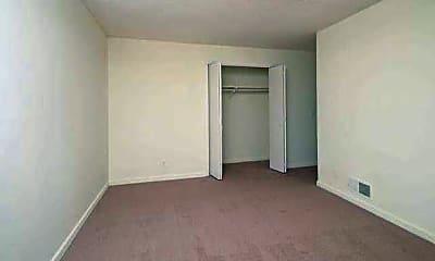 Bedroom, Stanford Oaks, 2