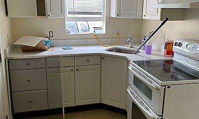 Kitchen, 673 Cross Street, 2