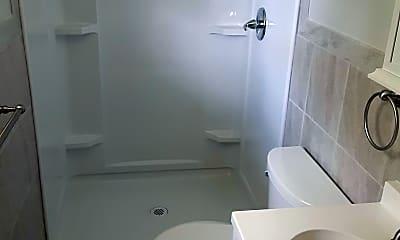 Bathroom, 1518 Pinewood Park, 2
