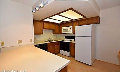 Kitchen, 2717 Beaver Creek Ct, 1