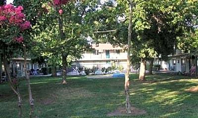 Walnut Grove Apartments, 1