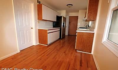 Kitchen, 1078 N Hermitage Ave, 2