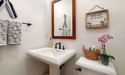 Bathroom, 1430 Laguna St A, 2