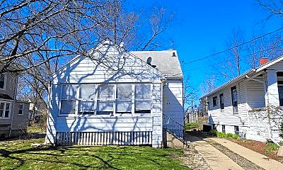 Building, 2415 N Ellis St, 0