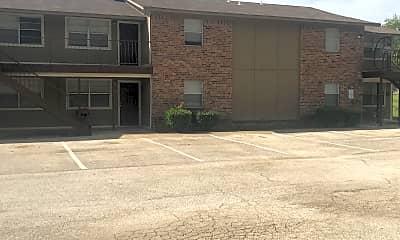 Foxcroft Apartments, 2