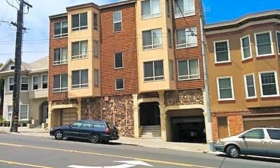 Building, 330 Parnassus Ave, 1