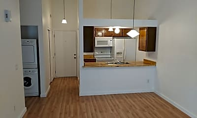 Kitchen, 477 S Memphis Way #13, 1