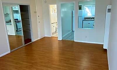 Living Room, 5855 Carlton Way, 0