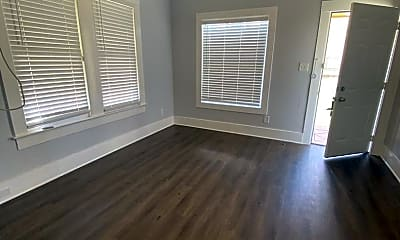 Living Room, 632 Rigsby Ave, 1