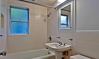 Bathroom, Westfield Manor Apartments, 2