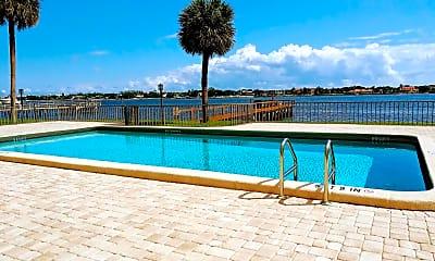 Pool, 1204 S Lake Dr 5, 2