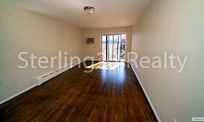 Bedroom, 42-11 Astoria Blvd N, 1