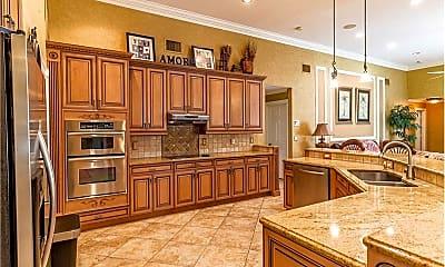 Kitchen, 823 Cedar Cove Rd, 1