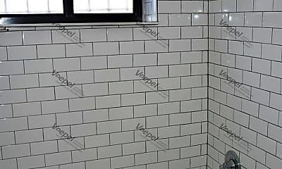Bathroom, 4036 Locust St, 2