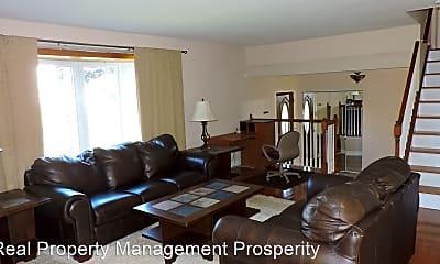 Living Room, 6340 Bowen Rd, 1