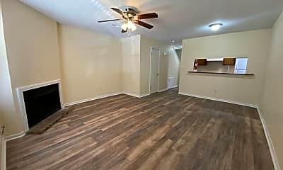 Living Room, 137 Leila Ln, 1