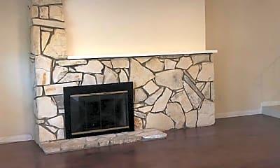 Living Room, 4453 West Coast Hwy 22, 1