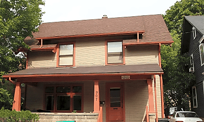 Building, 907 Greenwood Ave, 0