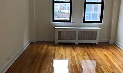 Living Room, 192 E 75th St, 0