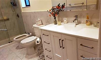 Bathroom, 492 SW 87th Pl 492, 2