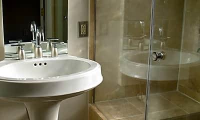 Bathroom, 1806 Belmont Rd NW, 2