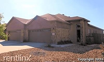 Building, 362 Creekside Curve, 1