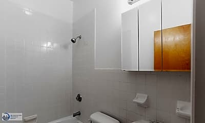Bathroom, 7 Great Jones St, 2
