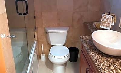 Bathroom, 333 NE 21st Ave 406, 2