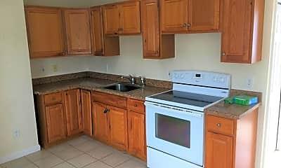 Kitchen, 281 W Main St D, 0